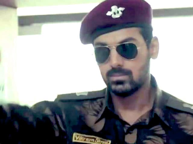 Video : Madras Cafe's Tamil version in trouble?