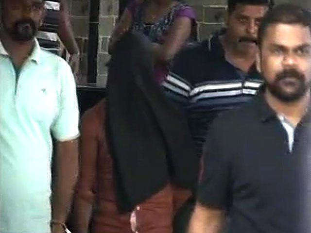 Video : Mumbai gang-rape: two missing suspects found, one in Delhi