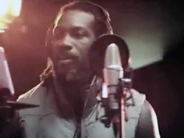Video : Chris Gayle sings 'Humma, Hummah' for television commercial