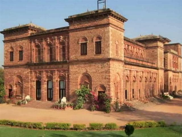 Video : Dholpur Palace Belongs to Government, Not Vasundhara Raje's Family, Says Congress
