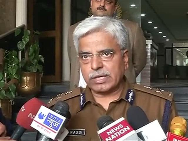 Video : Odd-Even Rule: Police Chief's Warning Against Vigilantism Rattles AAP