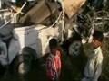 Videos : हाथरस में जीप-ट्रेन की टक्कर, 15 मरे
