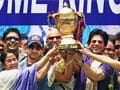 Mamata felicitates the IPL 5 champions