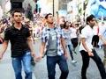 Flashmob does the <i>Dhinka Chika</i> in Times Square