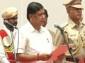 Video: Jagadish Shettar takes oath with Gowda by his side