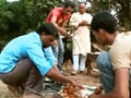 Aditya learns to cooks a traditional dish in Raghogarh