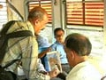 Video : Why this Professor begs on Mumbai trains