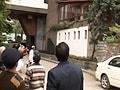 Videos : जम्मू-कश्मीर में भूकंप से इमारत गिरी, आठ घायल