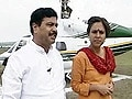 Video: Follow The Leader: Pramod Mahajan (Aired: October 2004)