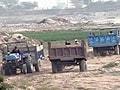 Video : अवैध खनन के चलते नोएडा की तरफ खिसकी यमुना नदी