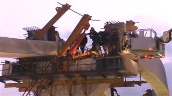 Video : Chembur: 2 killed as slab of Mumbai monorail collapses