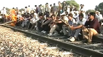 Video : Gujjars lay siege to rail tracks, roads; want talks on their own terms