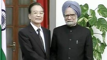 Video : India talks tough on Kashmir