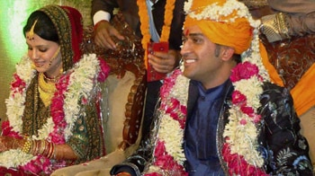 Video : Can't be yourself after marriage: Dhoni