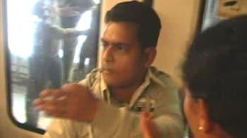 Video : Men beaten for entering ladies coach on Metro