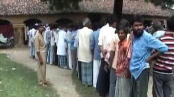 Video : Voting begins for Bihar polls