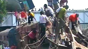Video : West Bengal train accident: 60 dead as train rams another