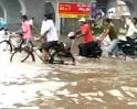 Heavy rains cause flooding in Ahmedabad