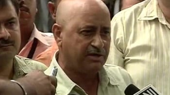 Video : No Chak De: Hockey coach Kaushik quits