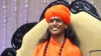 Video : 'Sex Swami' Nityananda starts sermons again