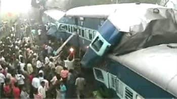 Video : मध्य प्रदेश में ट्रेनों की टक्कर