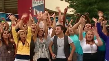 Thousands audition for American Idol 10