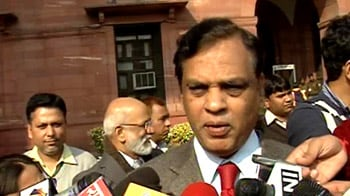 Video : FM likely to keep direct tax rates unchanged