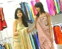 Video : Let's drape saree in a sexy way!
