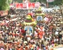 Video: Rath Yatra: Devotees entranced, cops tense