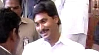 Video : On YSR's birthday, Jagan to begin defiant yatra