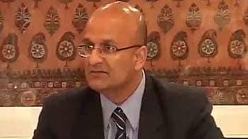 Video : Harvard Business School Dean Nohria lauds Tata Nano