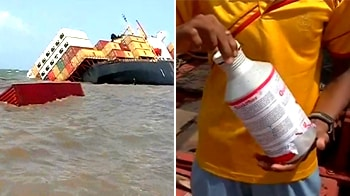 Video : Mumbai oil slick spreads; pesticide bottles at sea