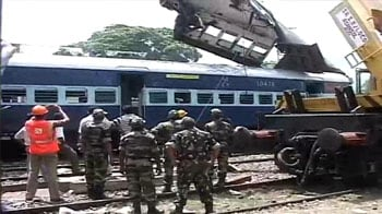 Video : Train accident: 60 feared dead, 86 in hospital as trains collide at Sainthia station