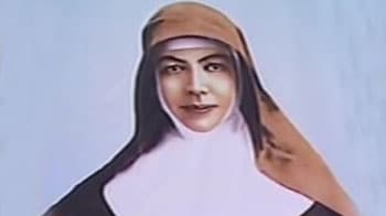 Video : Pope canonises first Australian Saint and 5 more