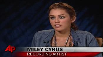 Miley Cyrus gets a hot makeover