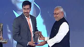 Video : NDTV's Actor of the Year - Male: Ajay Devgn