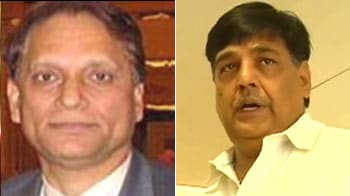 Video : Kalmadi's right-hand man, Bhanot, arrested