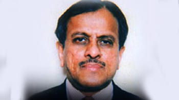 Video : 2G scam: Tata Reality Chairman, MD quizzed by CBI