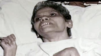 aruna shanbaug case supreme court Relying on the gian kaur case, a two judge bench of the supreme court in the aruna shanbaug case upheld the validity of passive euthanasia,.