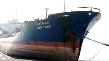 Video : World's biggest ship breaking yard