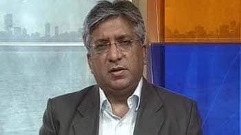 Video : View on RIL, RCom, Reliance Capital