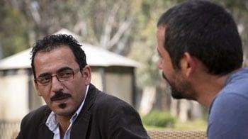 Video : BBC journalists describe 'mock execution' in Libya