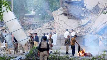 Video : Blast near US Embassy in Peshawar