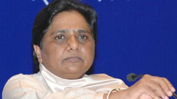 Video : Mayawati counters Rahul Gandhi with new land policy