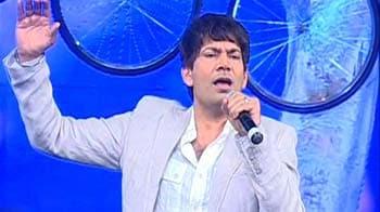 Video : Singer Jassi's Punjabi tadka
