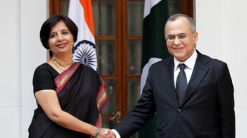 Video : Indo-Pak talks begin today; 26/11 trial tops the agenda