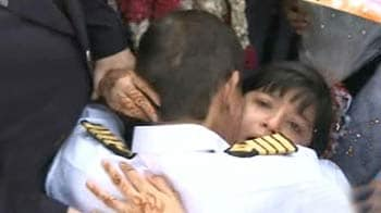 Video : Suez finally safe, Indian sailors in Pak