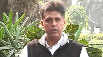 Video : Congress-Anna showdown: 'Anna himself is corrupt,' says Manish Tewari