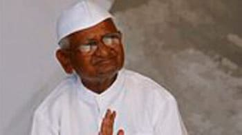 Video : Anna to end fast @ 10, India celebrates victory against corruption