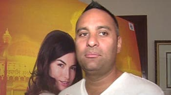 Video : Russell Peters hates Bollywood!